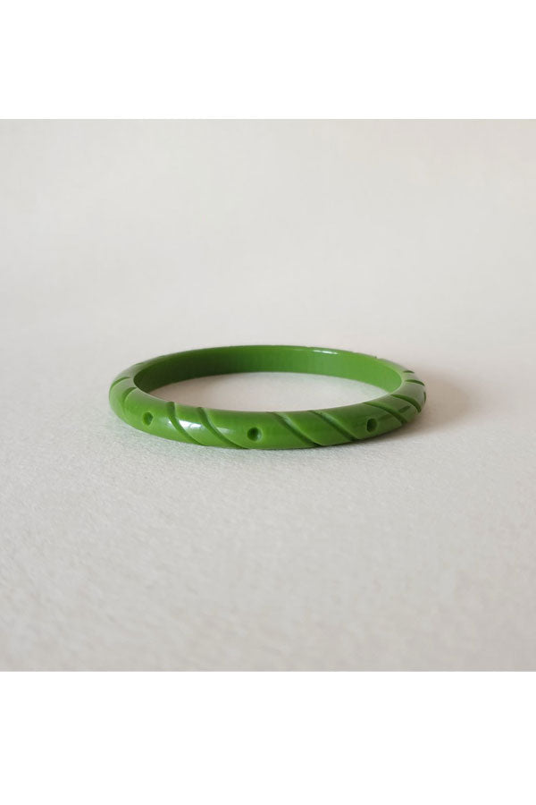 Pear Green Fakelite Thin Bangle |  1940s & 1950s Style | Weekend Doll