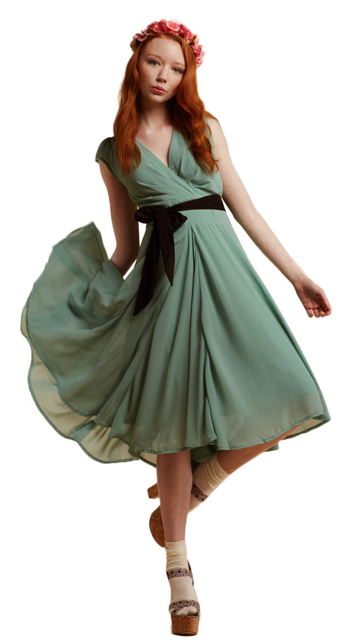 Full Circular Skirt Chiffon Dress in Mint by Eucalyptus  1950s | Weekend Doll