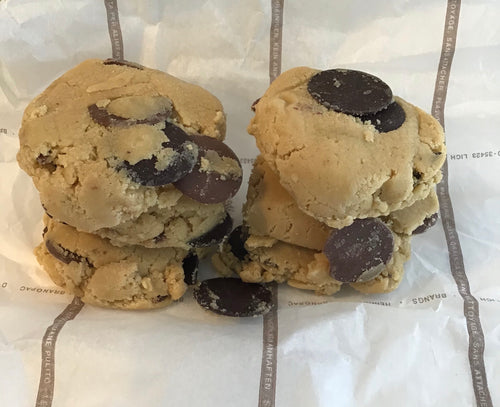 6 Raw Double Chocolate Chip Cookies
