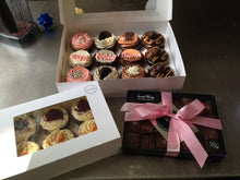Selection of regular Cupcakes