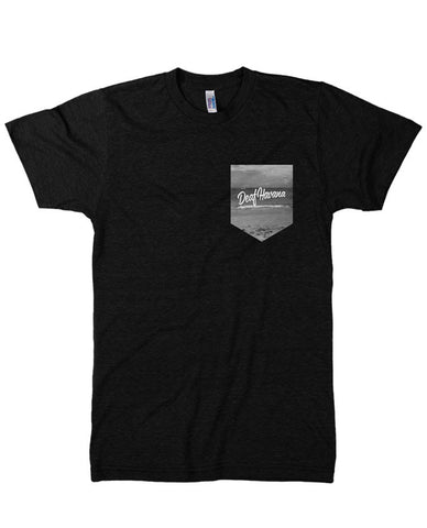 'Beach Pocket' Black Mens T-Shirt
