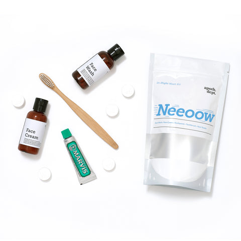 'Neeow' In-flight Wash Kit