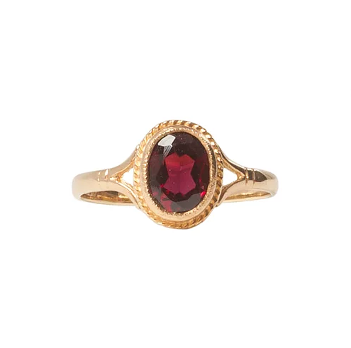 'Dorothy' 9ct Gold Garnet Solitaire Vintage Ring