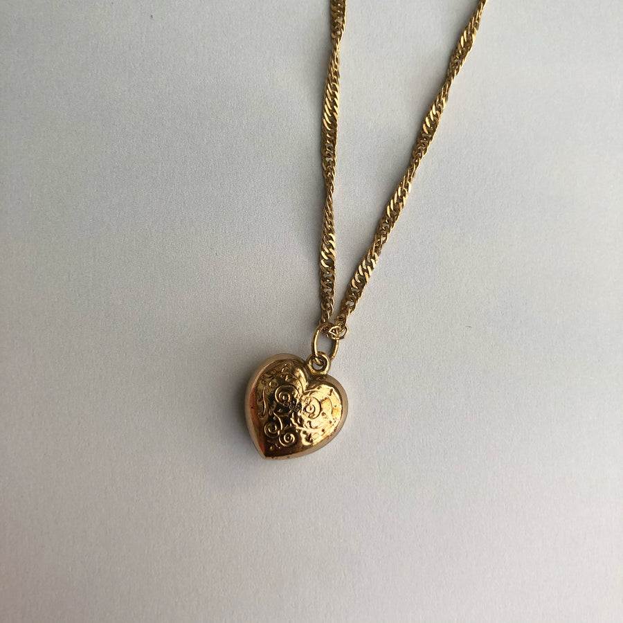 'Lola' 9ct Vintage Gold Heart Charm