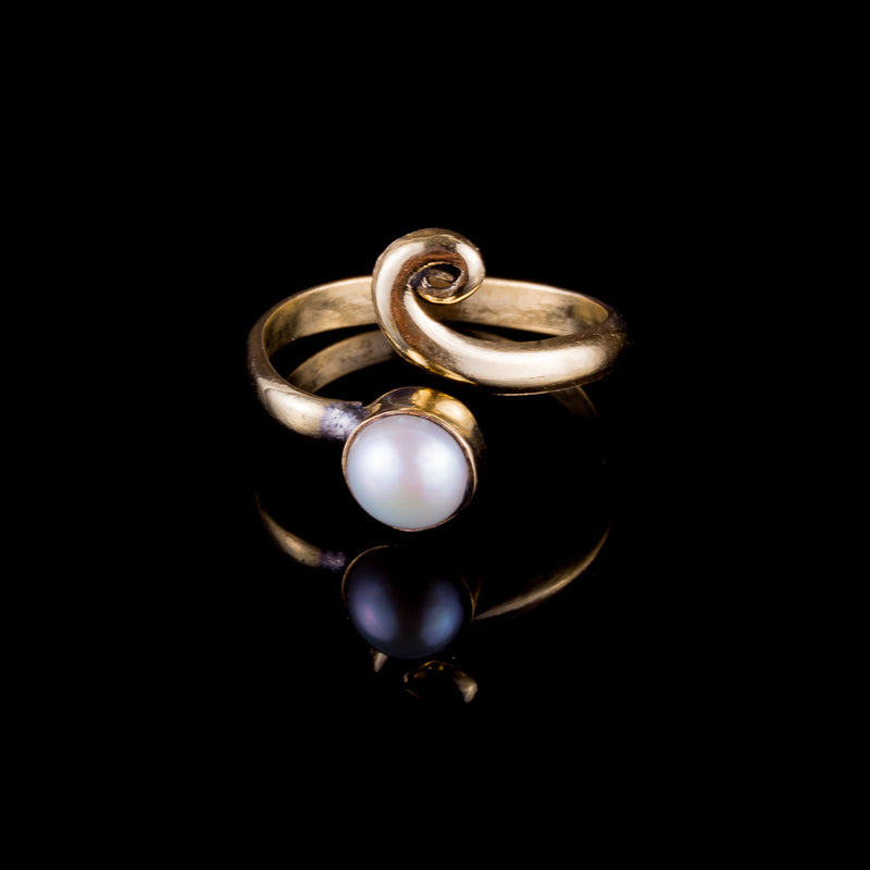 Pearl Midi Ring - Brass - Ekeko Crafts