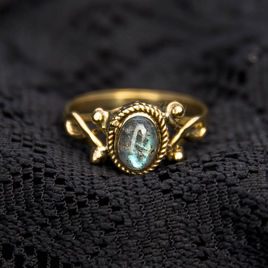Durga Ring - Brass - Labradorite - Ekeko Crafts