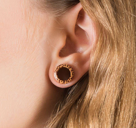 Coconut Wood Ear Tunnels - Ekeko Crafts