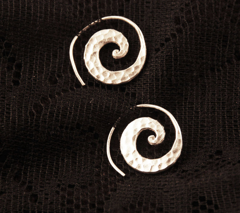 Hammered Silver Spirals - Ekeko Crafts