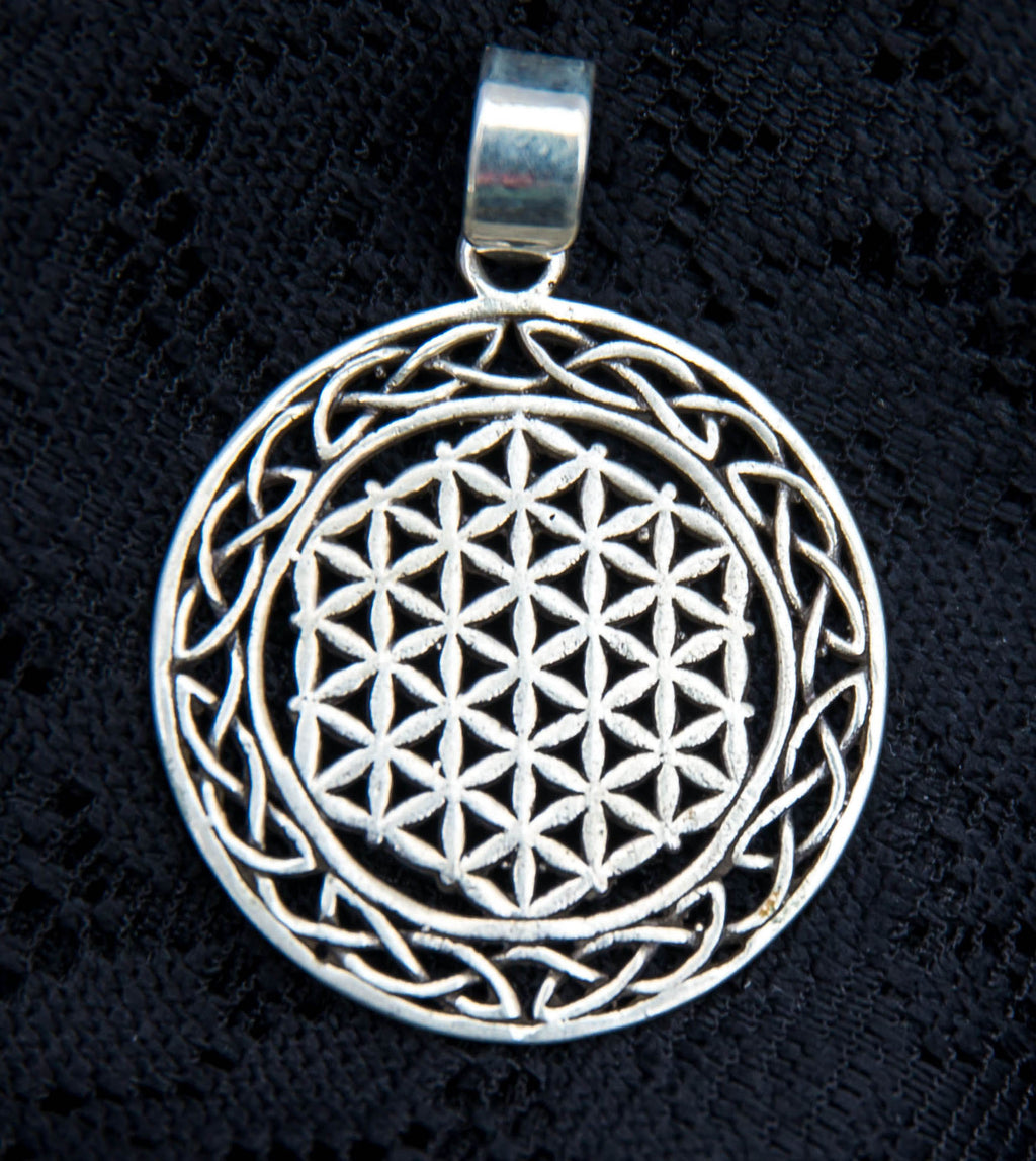Celtic Flower of Life Pendant - Silver - Ekeko Crafts