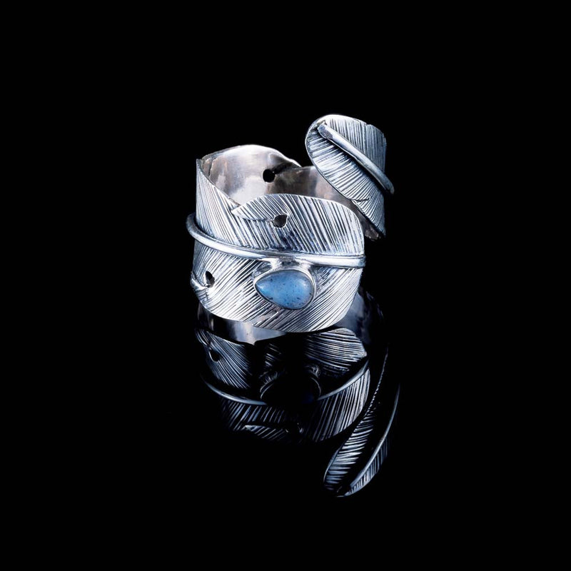 Feather Ring - Silver - Labradorite - Ekeko Crafts