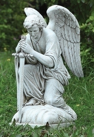 Kneeling Male Angel - LI40007