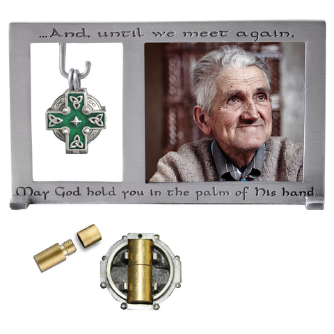 Celtic Memorial Frame w/ Locket- GEPF403