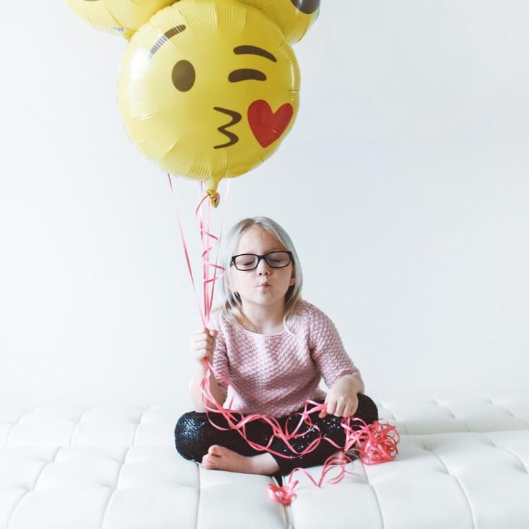 BALLOONS - EMOJI STYLE 1 - WINKING HEART KISS, Balloons, Northstar - Bon + Co. Party Studio