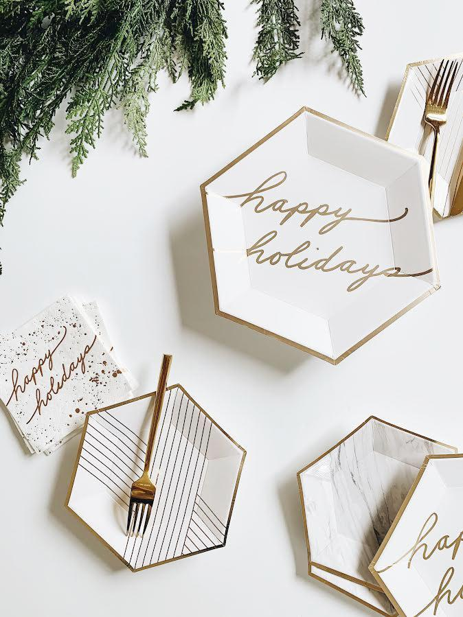 PLATES - LARGE BLANC WHITE & GOLD HAPPY HOLIDAY