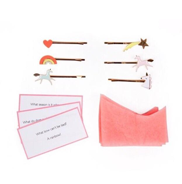 GIFTS - UNICORN CRACKERS, FAVOURS, MERI MERI - Bon + Co. Party Studio
