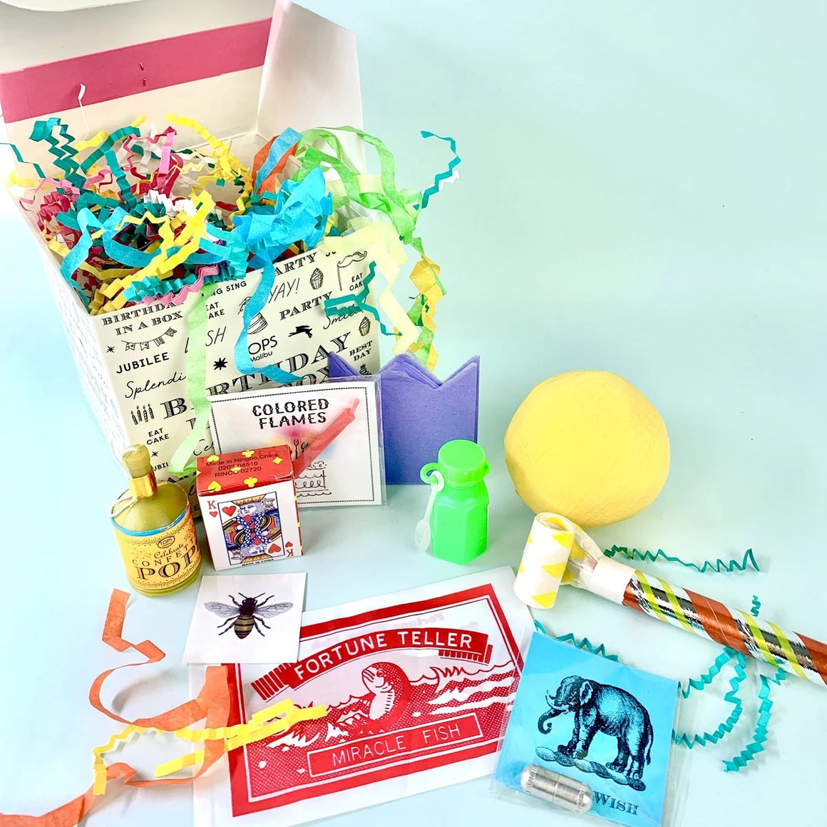 GIFTS - DELUXE BIRTHDAY IN A BOX