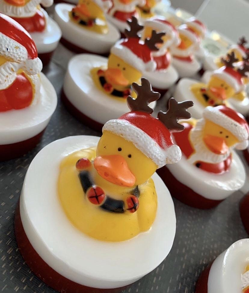 KIDS SOAP - CHRISTMAS RUBBER DUCKIE BATH TOY