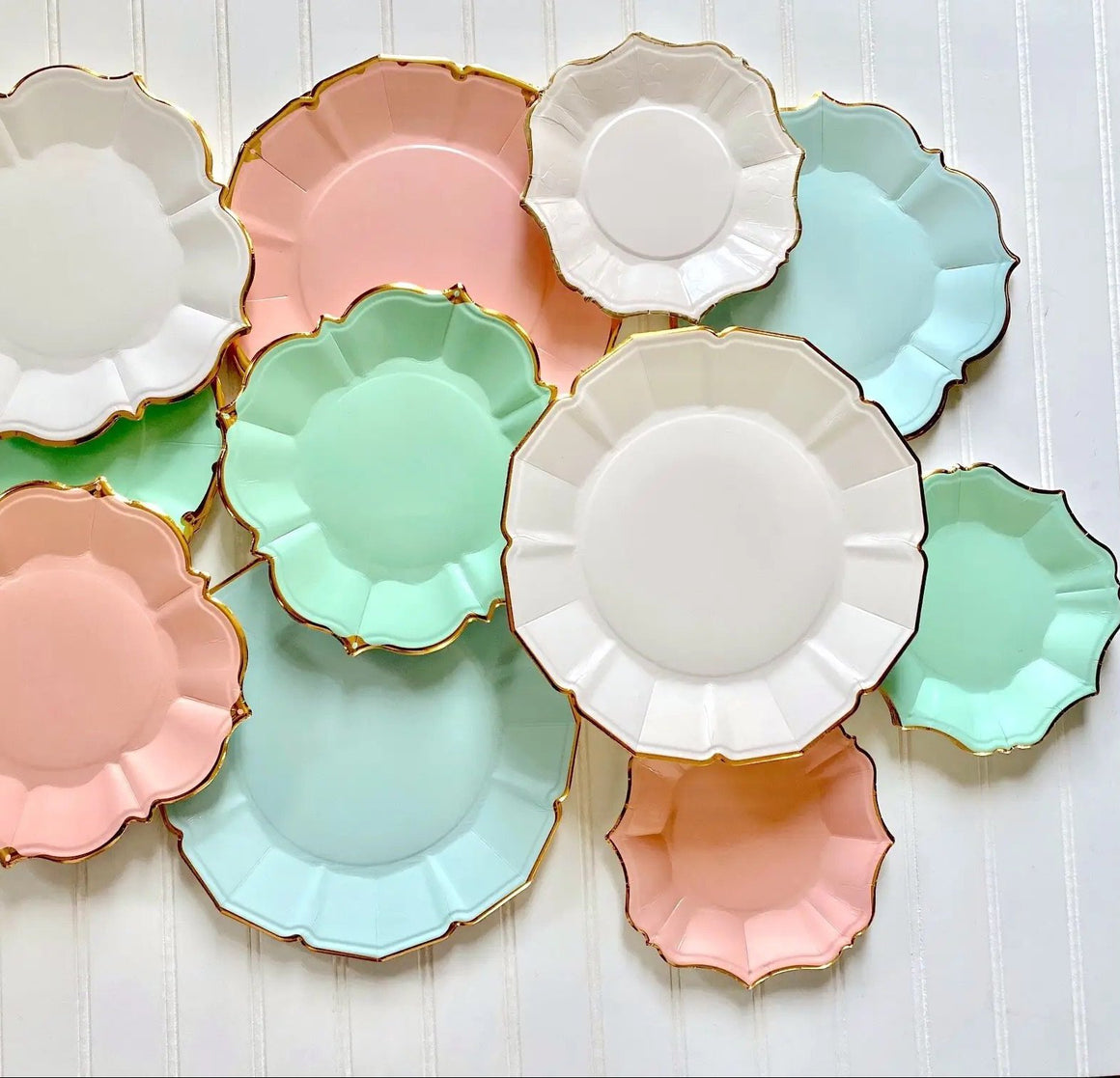 PLATES - SMALL DESSERT SCALLOPED MINT