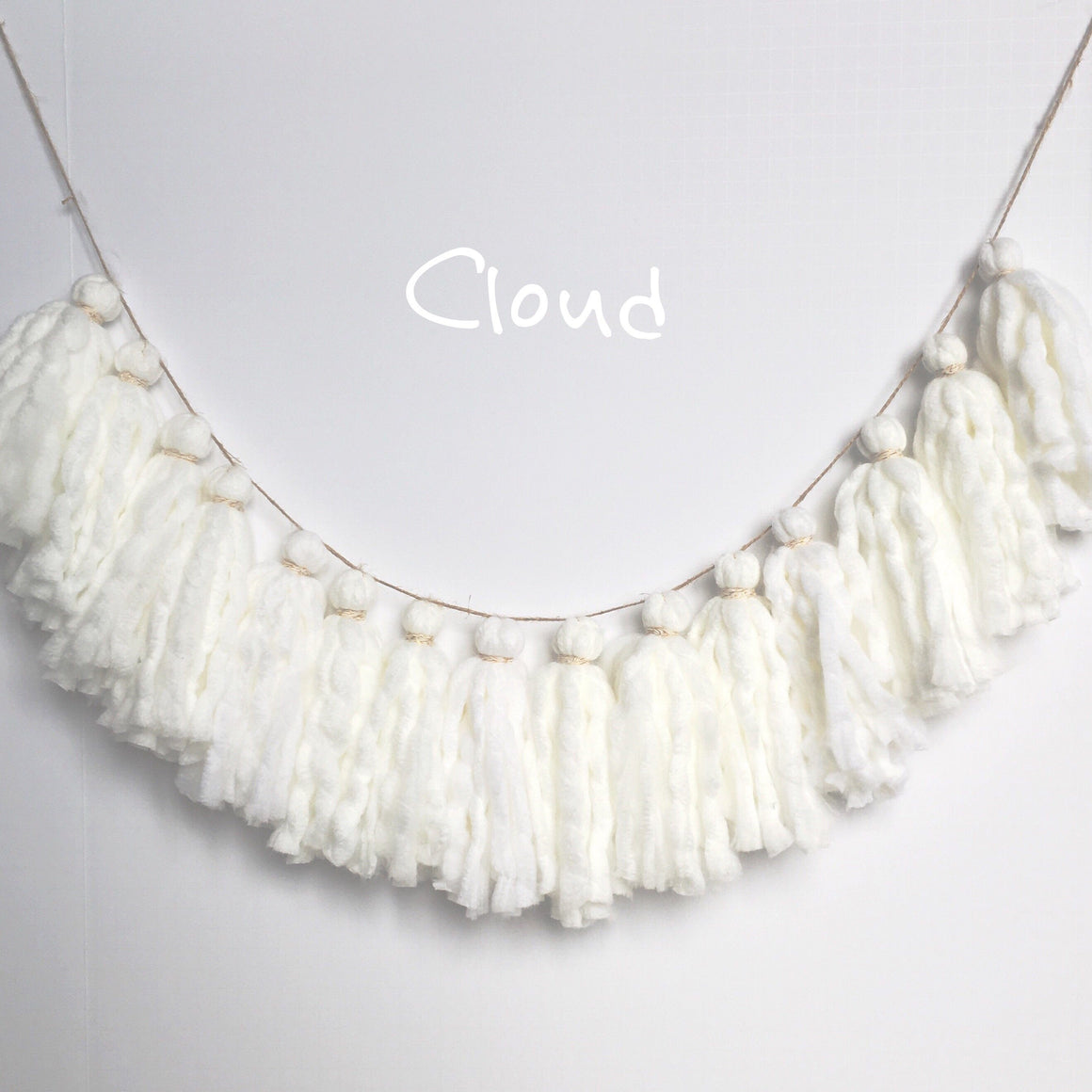 TASSEL GARLAND - YARN CHUNKY CLOUD