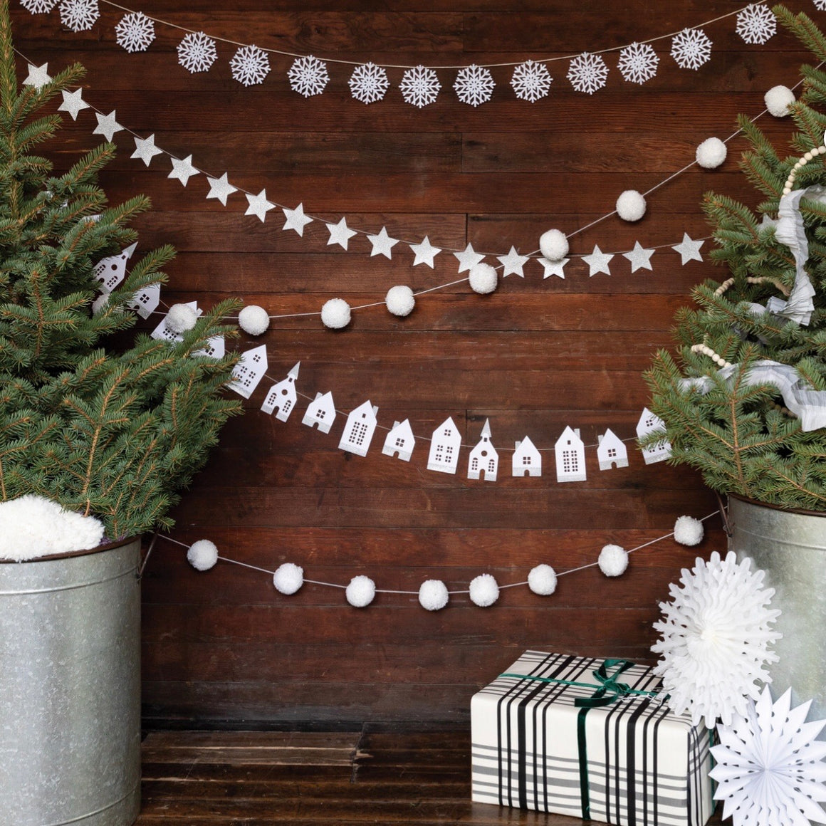 BANNER - WINTER WHITE GLITTER STARS