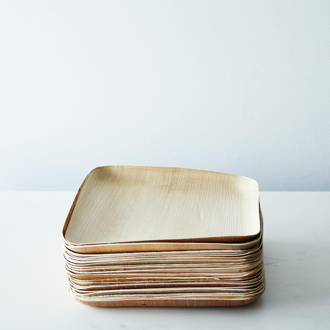 PLATES - LARGE WOODEN SQUARE