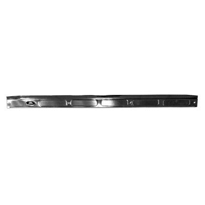 GMK402157570R PASSENGER SIDE DOOR SILL PLATE WITH EMBLEM
