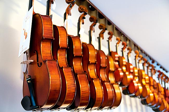 Introducing the Gliga violin