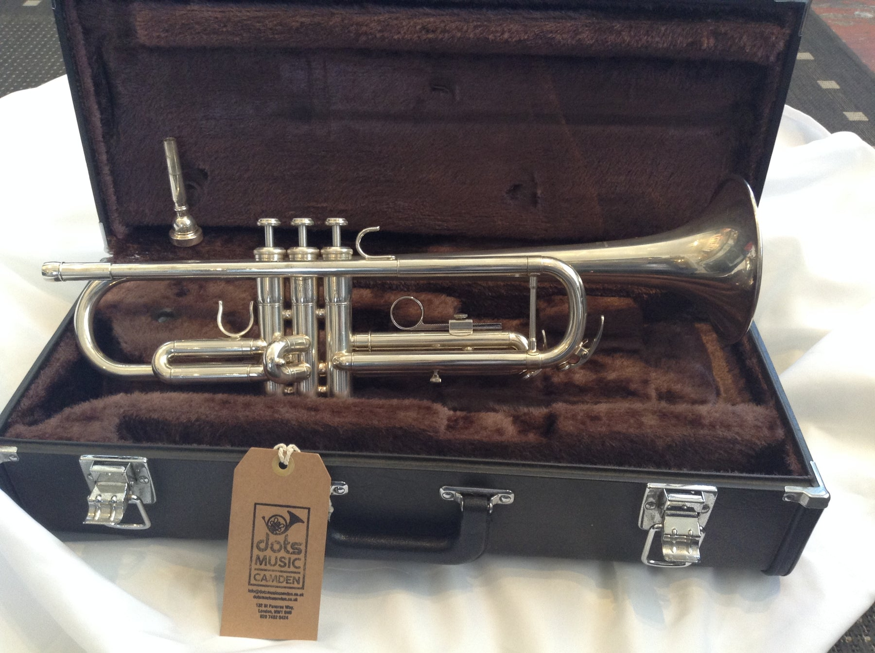 Yamaha YTR2335 Trumpet (Refurbished)
