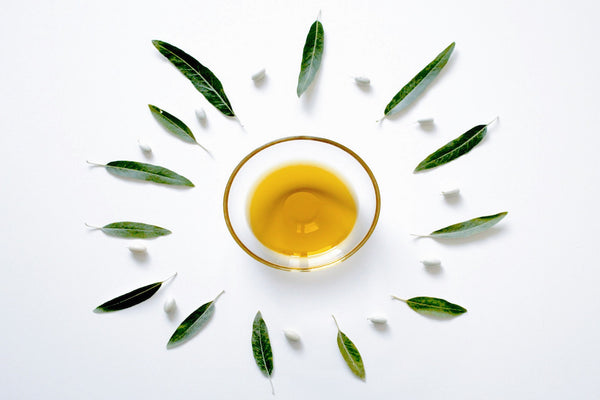 11 Facts You Need to Know About Your Facial Oil