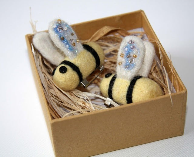 How To Make A Needle Felted Bumblebee Brooch