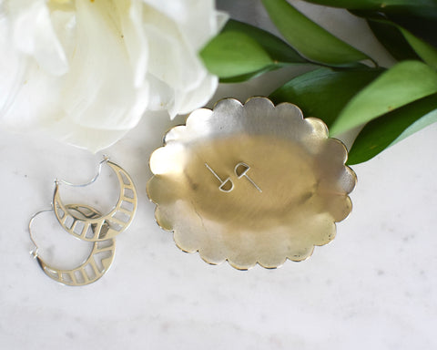 SCALLOP JEWELRY DISH