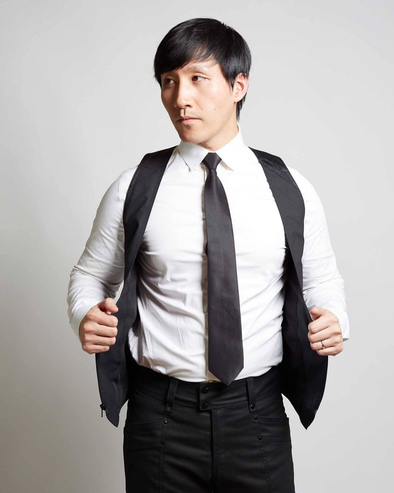 products/Draga_Waistcoat_open_casual.jpg
