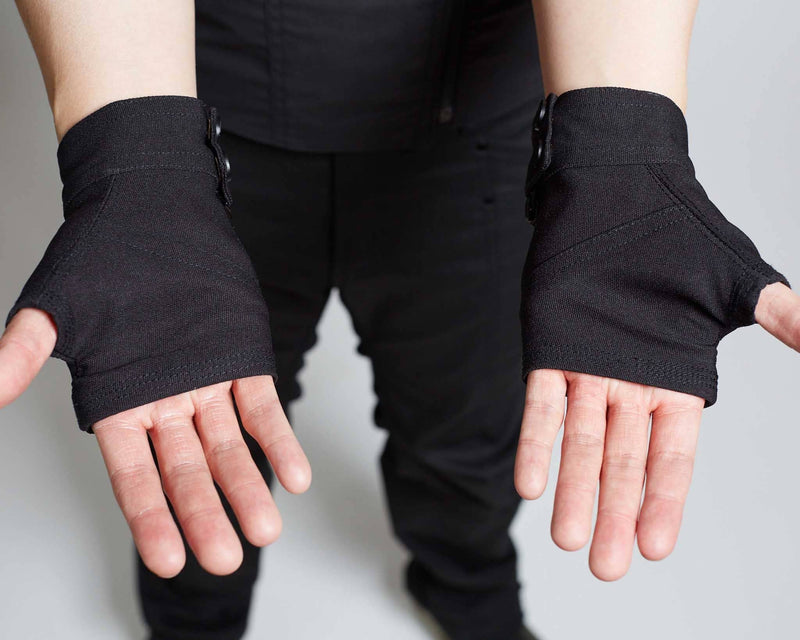 products/Fragment_Gloves_open_palm.jpg