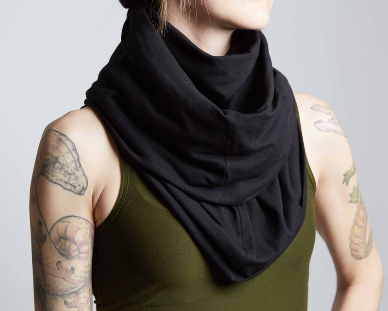 products/Horus_Scarve_detail_front.jpg