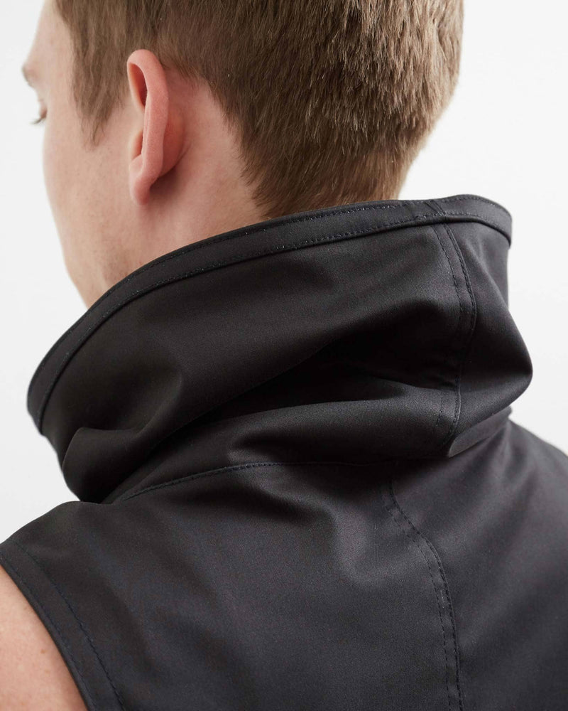 products/Raider_cowl_back_detail.jpg