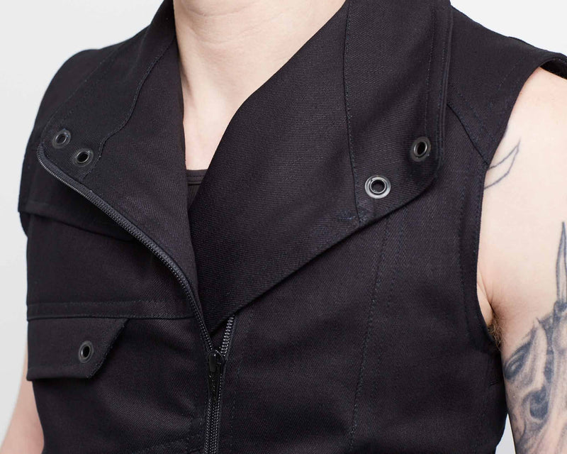 products/Sidewinder_MKII_Front_Detail_Collar_Down_Close.jpg