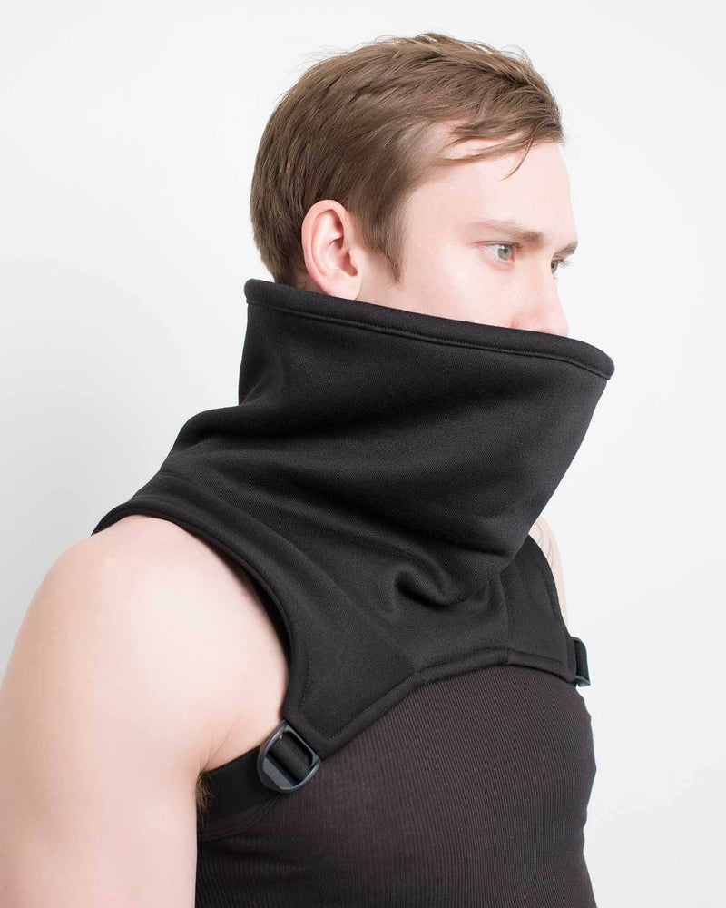 products/raider_cowl_front_side.jpg