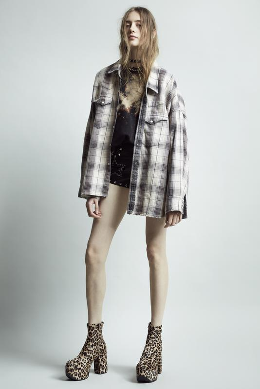 Womens PF19 Lookbook Image 18