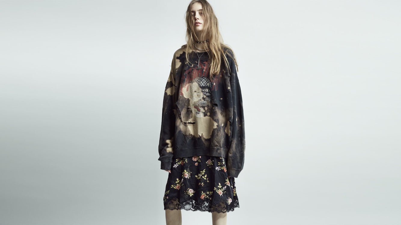 Womens PF19 Lookbook Image 19