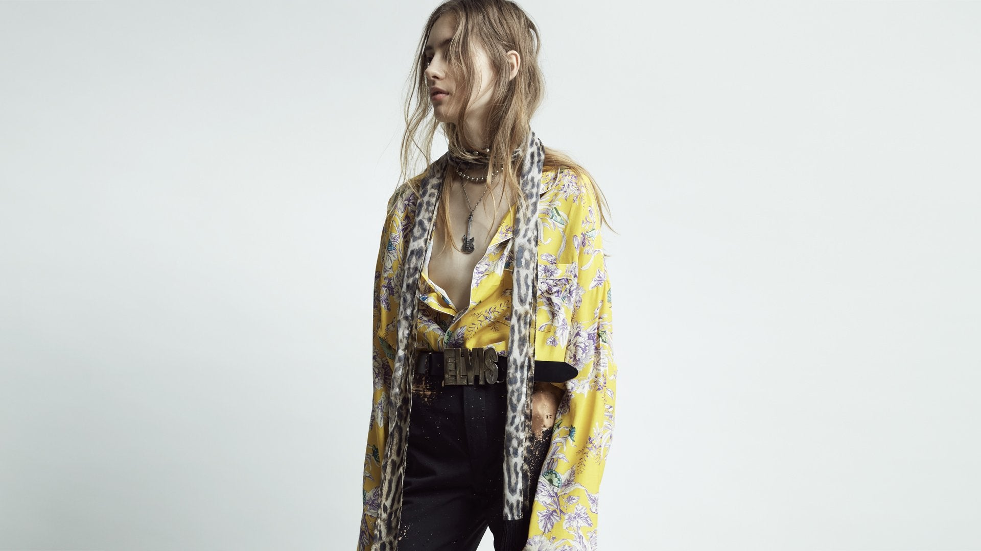 Womens PF19 Lookbook Image 23