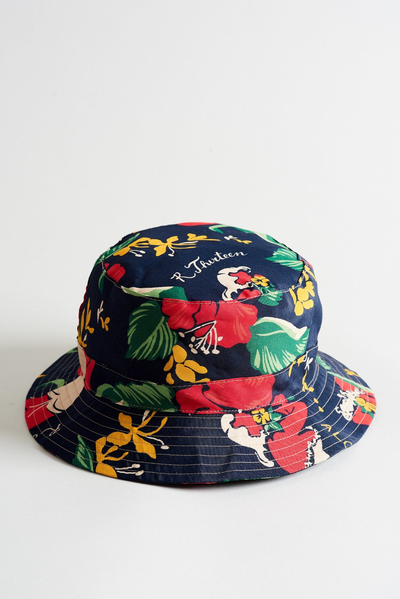 R13 Bucket Hat - Red Lady