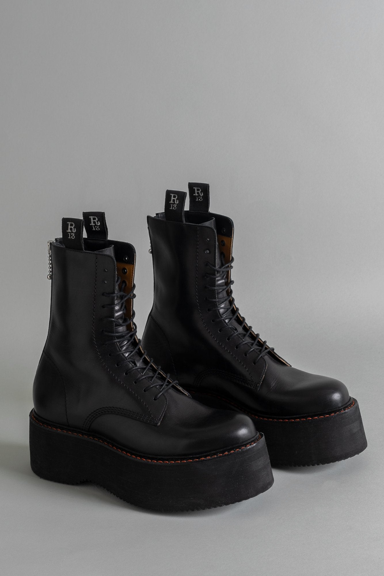 R13 X-STACK BOOT - BLACK