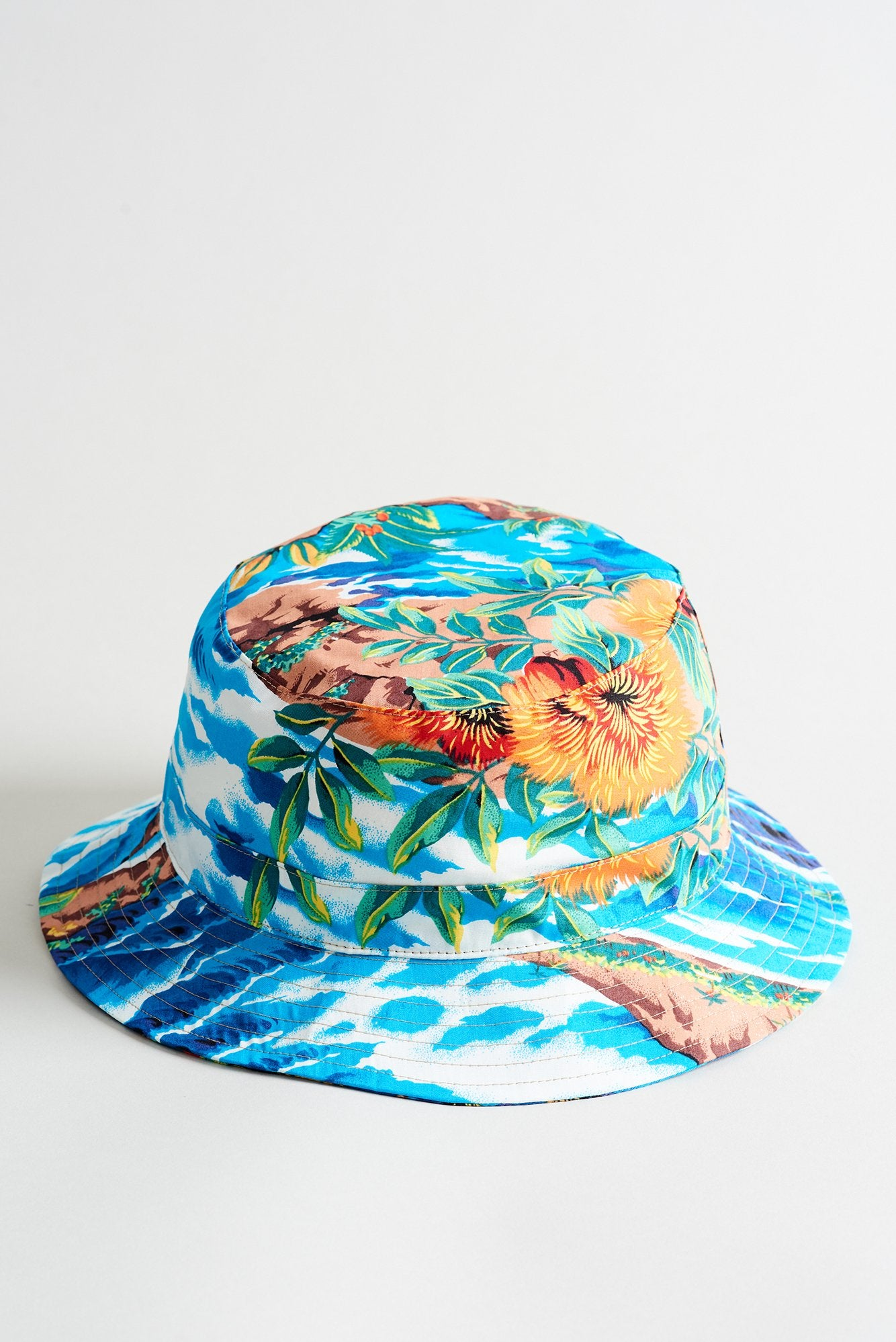 R13 Bucket Hat - Turquoise Wave