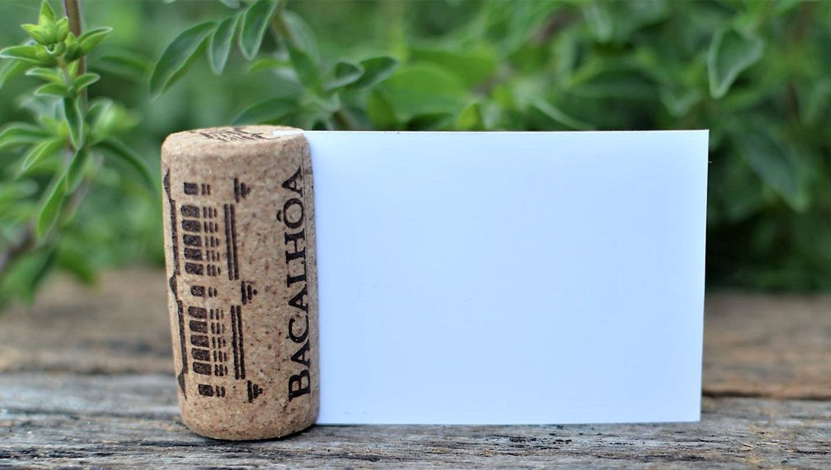 DIY Wine cork place card holder