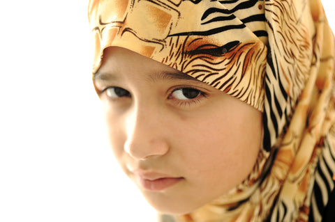 "MuslimChild.ca Q&A: A child asks ""Divorce, does that mean our home is broken?"""