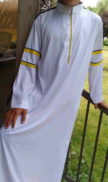 MuslimChild.ca Boss  – White Collared, Zippered Thobe with Yellow & Black Accents = - Canada , ships worldwide , quality, affordable, designer thobes or jubbas. Fits boys, teens and men sizes 42-60xl- Canada , ships worldwide , quality, affordable, designer thobes or jubbas. Fits boys, teens and men sizes 42-60xl