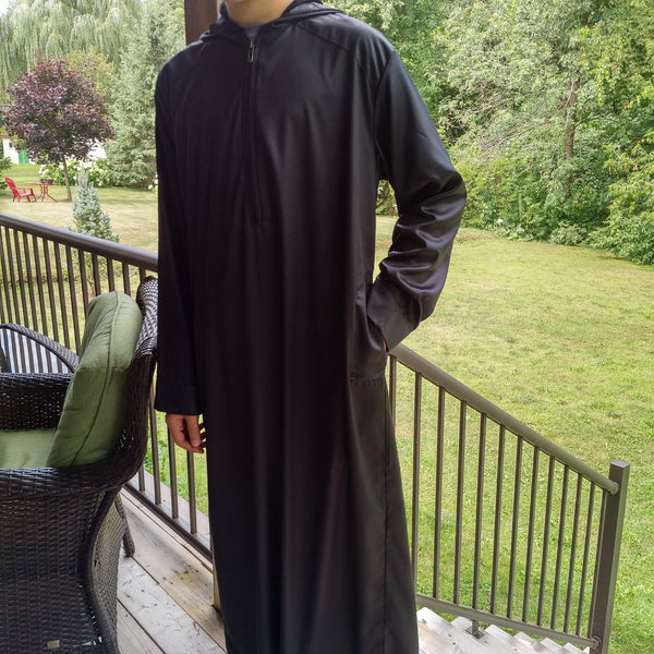 MuslimChild.ca Ink – All Black Hooded Thobe -Canada , ships worldwide , quality, affordable, designer thobes or jubbas. Fits boys, teens and men sizes 42-60xl