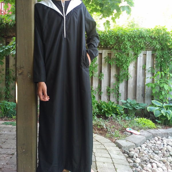 MuslimChild.ca Hooded Black  Zipper Thobe with Inner Hood Lined White Thobe - Canada , ships worldwide , quality, affordable, designer thobes or jubbas. Fits boys, teens and men sizes 42-60xl