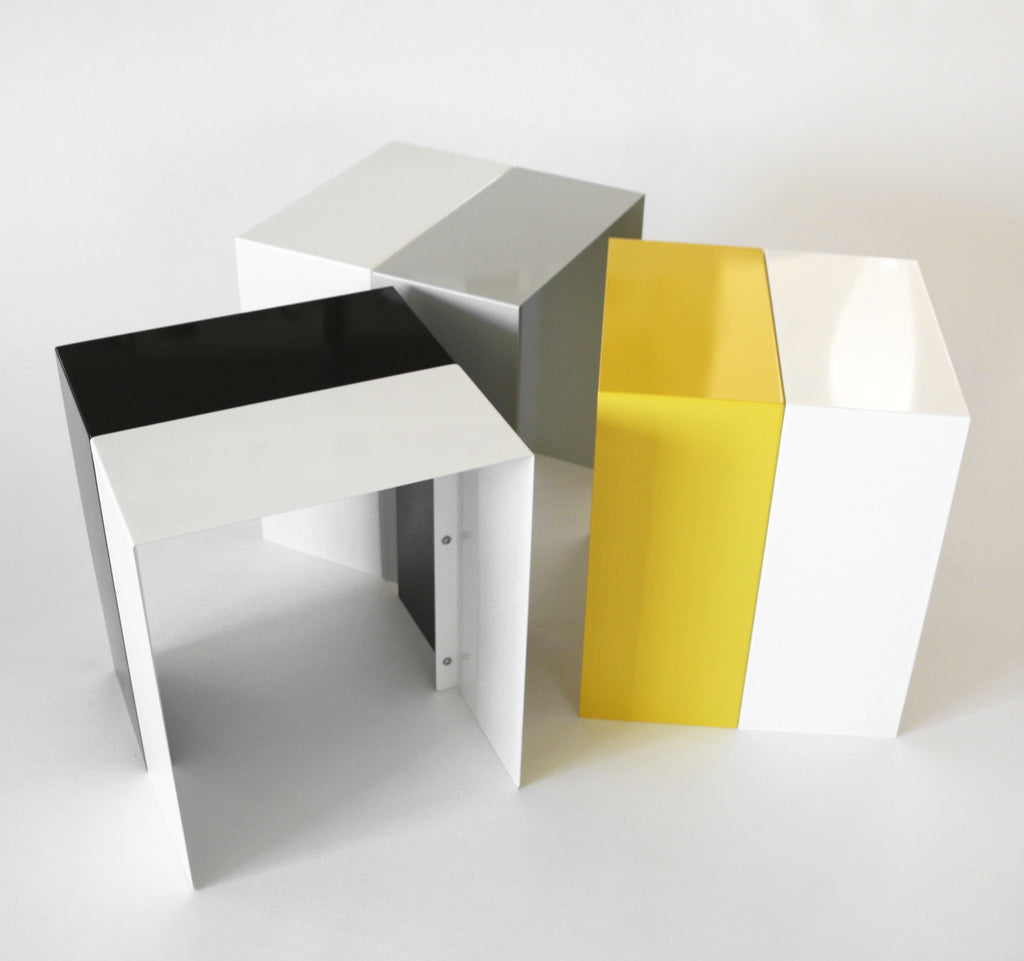 TwinTable by Richard Roth