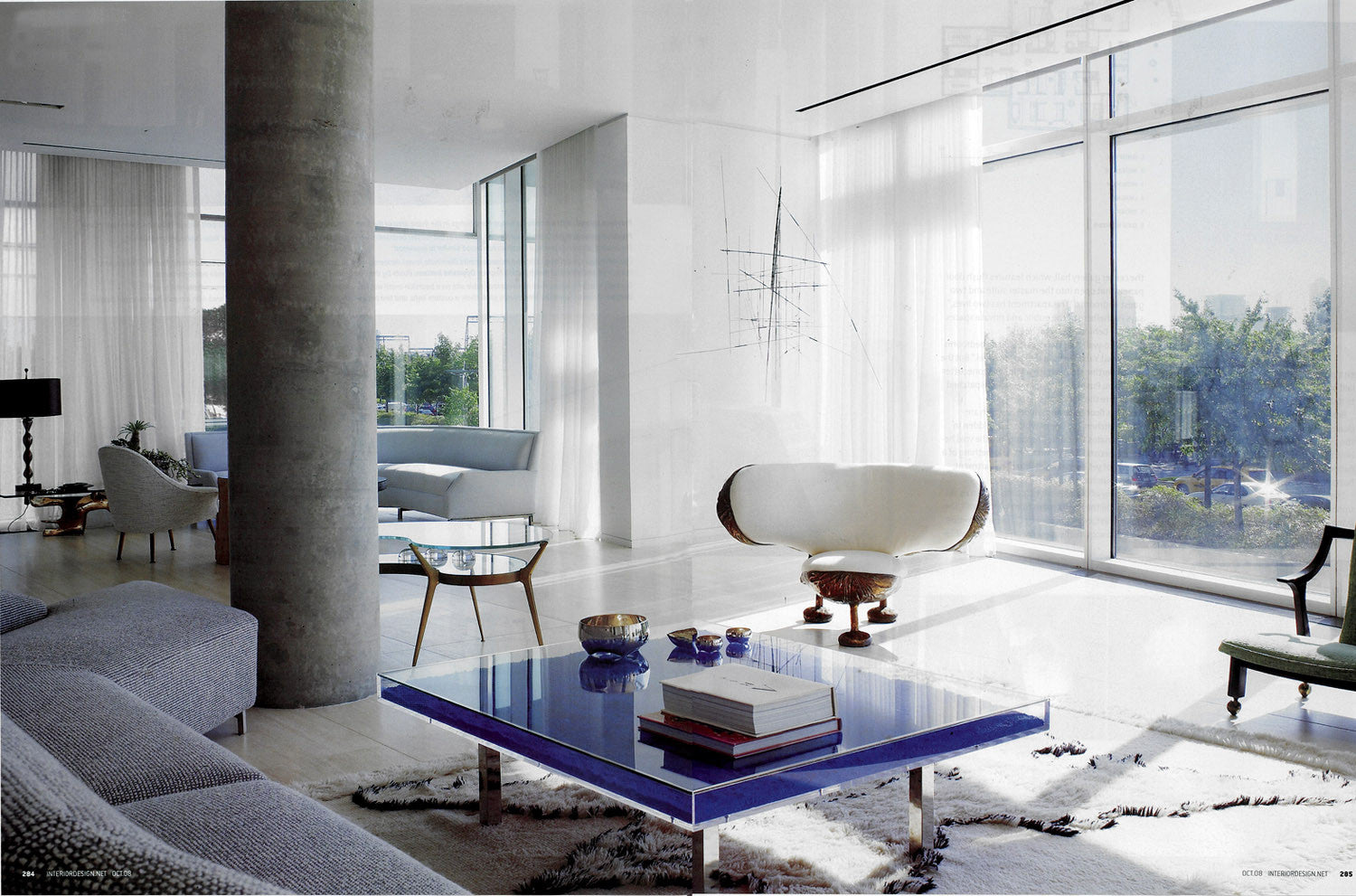 collect yves klein coffee tables worldwide shipping. Black Bedroom Furniture Sets. Home Design Ideas